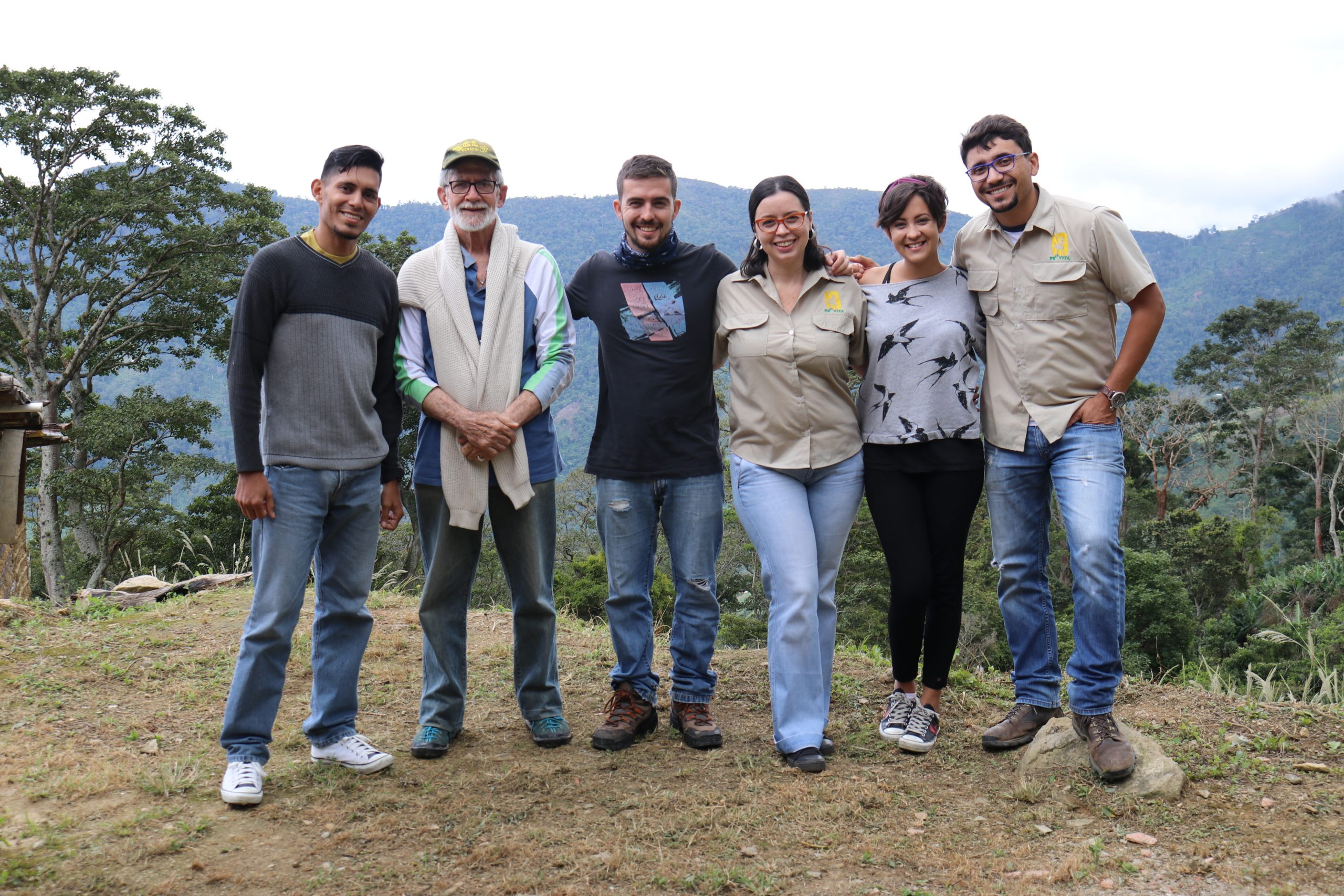 """Muchos talleres y nuevas caras en el proyecto """"Aves y Café"""""""