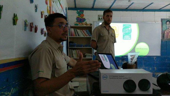 Colaborando con la comunidad de Piedra de Cachimbo en la certificación de café «Amigable a las aves»